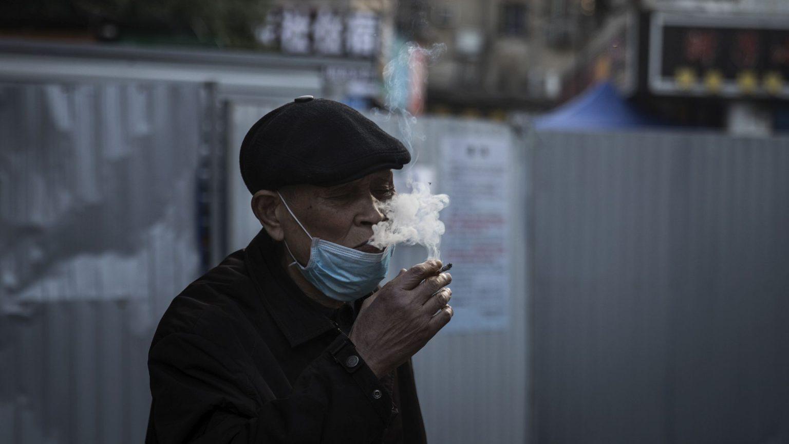 Smoke fags, save lives
