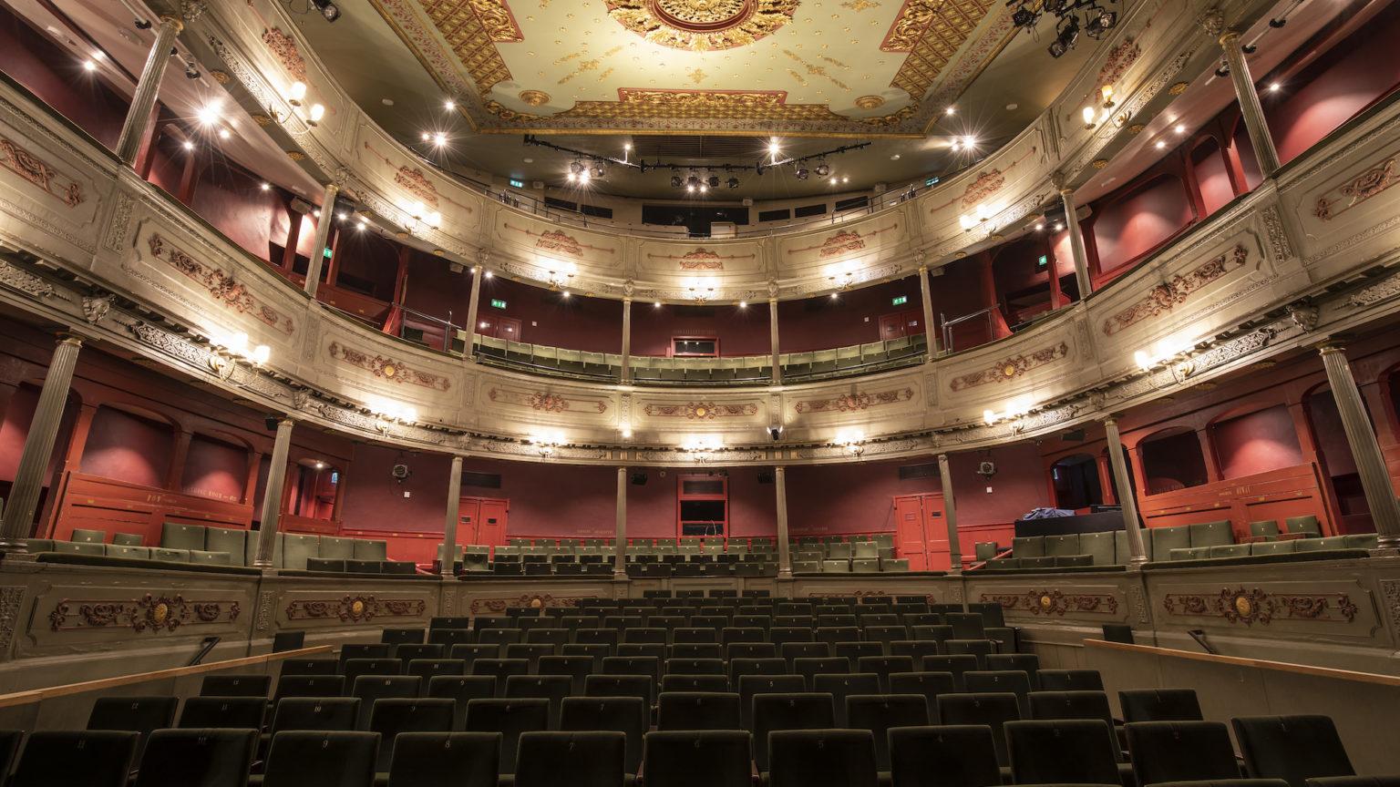 Vaccine passports threaten theatre's future